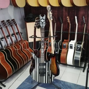 harga Gitar elektrik schecter Synyster gates di kudus Tokopedia.com
