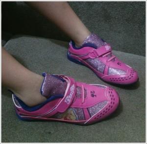 harga SPAL-114 Sepatu Anak Karakter Disney Barbie Hadiah Kado Natal Pink Tokopedia.com