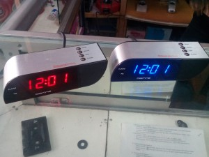 Jam Meja 0718 Led Merah atau biru colok listirk