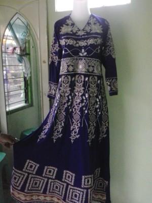 model rok gamis warna ungu jodha akbar