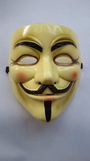DRMC Anonymous Vendetta Mask Cream Topeng Action
