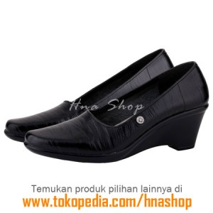 Sepatu Pantofel / Formal / Kerja Kulit Wanita HJK-193