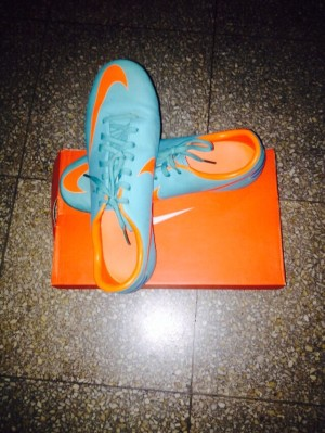 Original Nike Mercurial Victory Futsal