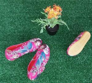 Sepatu Anak Frozen Merah Fanta