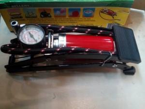 Pompa injak khusus mobil dan motor (ukuran pompa besar)