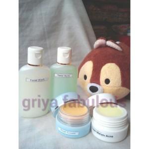 farmasi paket acne whitening