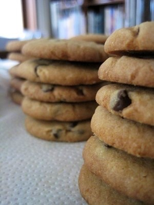 Chocolate Chip Cookies, Medium Size -Crunchy-