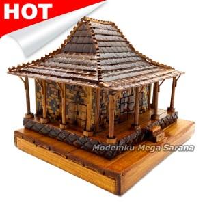jual miniatur rumah adat jawa timur joglo dari bambu