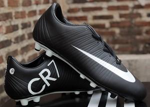 harga Sepatu Sepak Bola/Sepatu Bola Nike Elastico CR7 Hitam Putih (murah) Tokopedia.com