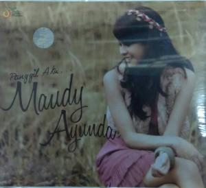 harga Cd Maudy Ayunda Panggil aku Tokopedia.com