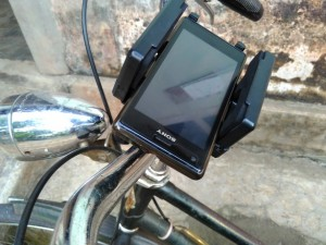 Phone Holder di stang sepeda