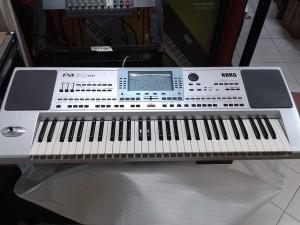 Keyboard korg PA 50sd