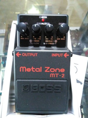 harga BOSS MT-2 Metal Zone Tokopedia.com