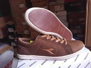 Sepatu Casual Sneakers DIADORA SESTO Brown Original