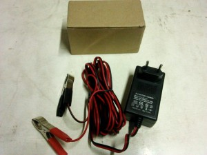 Charger Aki motor/mobil (Accu) voltase 12 Volt