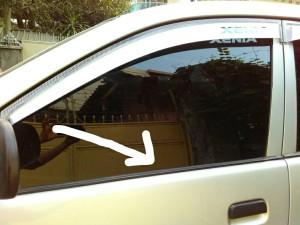 harga pelipit karet kaca depan avanza/xenia ori,konfirmasi posisi pelipit Tokopedia.com