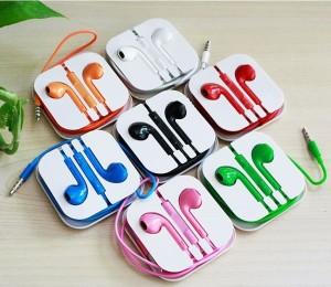 harga Earphones Earpods (Hitam) with Mic Remote apple Iphone5/5s iPod Itouch Nano Ipad Mp3 Samsung iPad Air Tokopedia.com