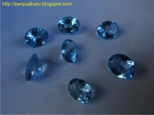 Batu Permata Blue Topaz (Swiss Blue)