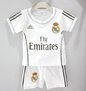 Setelan Bola Madrid Anak