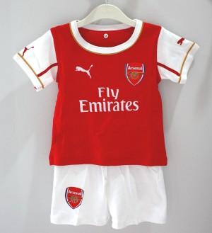 Setelan Bola Arsenal Anak