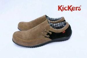Sepatu Kickers Casual Slip On Slop pria