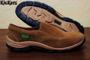 Sepatu Kickers Casual Slop Santai Formal Pria