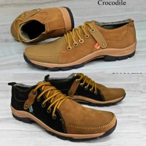 Sepatu Kickers Casual Semi Boot Pria