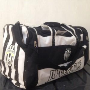 Juventus Travel Bag Official Merchandise. Tas Fitness / Gym / Olahraga