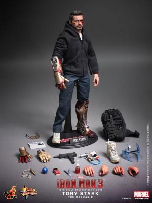 Hot Toys Iron Man 3 Tony Stark the Mechanic