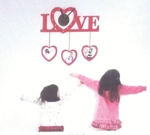 Stiker Jam Dinding - LOVE