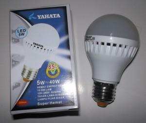 Lampu Bohlam YAHATA 5 watt