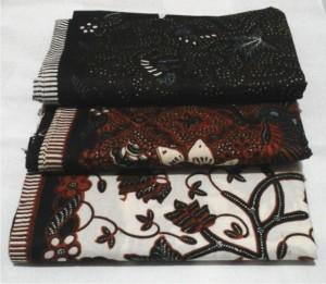 Bedong Bayi Batik