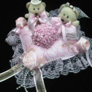 Bantal cincin wedding ring pillow boneka bantalan kotak cincin 4101