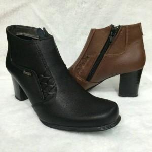 Sepatu Boot Kulit Wanita Scorpion
