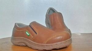 sepatu kerja kulit kickers casual coklat sol pasir