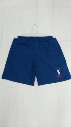 celana pendek polo biru bahan halus dan lembut