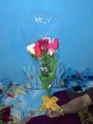 Buket Bunga Mawar Plastik(Artificial)