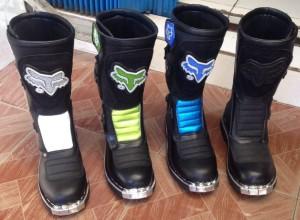 harga Sepatu motocross trail cross atv offroad anak fox alpinestar lokal Tokopedia.com
