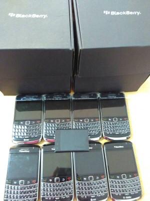 harga blackberry onix1 9700 Tokopedia.com