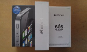 APPLE iPHONE 4 8GB ( MD198PA/A ) - Garansi RESMI SES