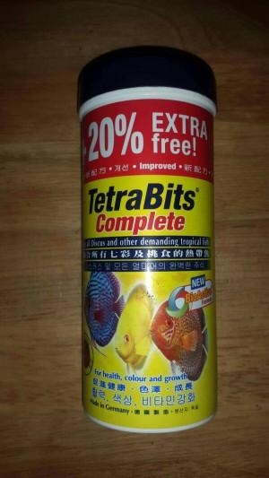 Tetra Bits / makanan ikan Discus ukuran 93 gr/300 ml