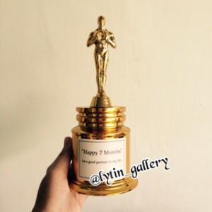 harga Piala Oscar Tokopedia.com