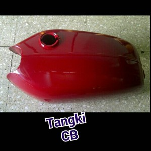 tangki motor cb 100 merah