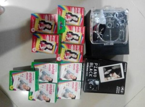 Kamera Fujifilm Polaroid Instax 50s Black Piano + 13pcs refill!!