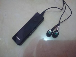 harga Headset Sony Ericson HPM70 Tokopedia.com