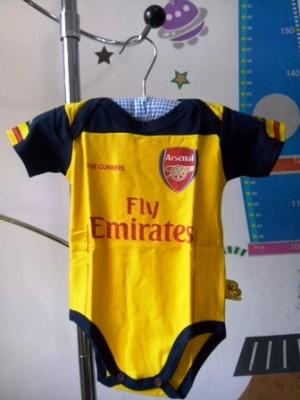 Obral Jumper Bola Arsenal & MU 14/15 size L