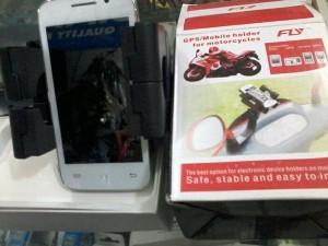 Holder pegangan HP/ GPs motor atau sepeda