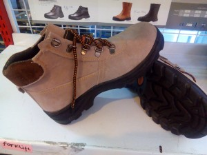 Sepatu / Safety Shoes Forklift SS02