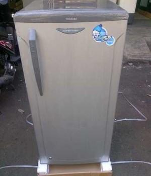 harga Toshiba Freezer Asi-Es Batu 6Rax Super Coull Bisa Pesan Antar Tokopedia.com