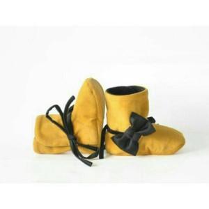 harga Sepatu prewalker bayi perempuan import boot kuning pita hitam - NEW Tokopedia.com